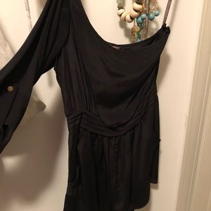 XS Charlie Jade black romper - NEW WITH TAGS
